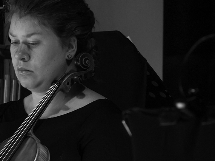 Phoebe Green - viola. BOLT Ensemble
